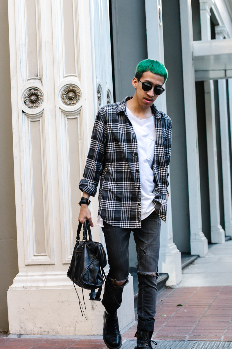 Basic flanel w- White tee