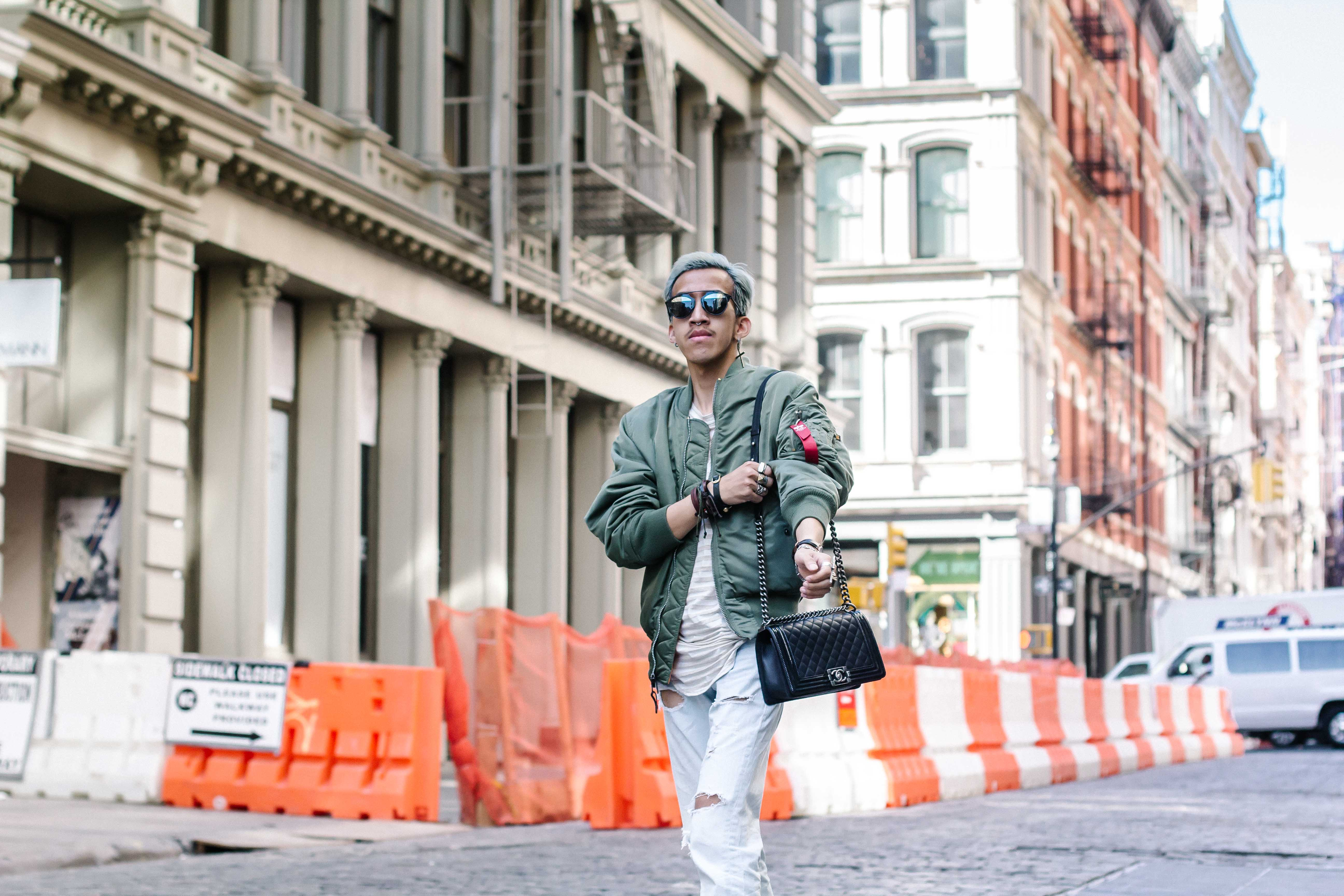 Different ways to wear bomber jacket-3